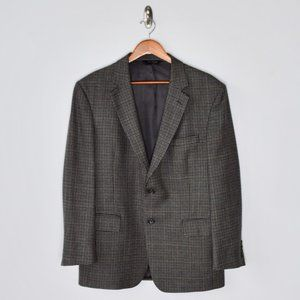 JOS A BANK Wool Houndstooth Sport Coat. Size 42R